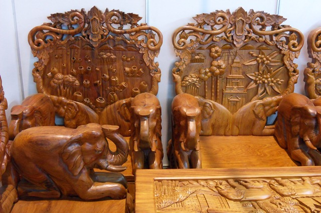 Wooden Furniture Laos by Chaoboru