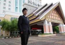 Working in Laos: Ng SirLiang, Don Chan Palace