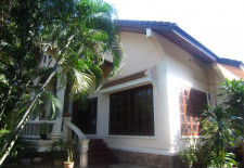 (663) Small House For Rent in Vientiane, Laos