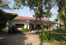 (212) Single Storey House For Rent with Large Yard (Vientiane, Laos)