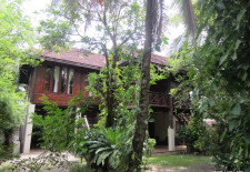 (719) Traditional Style House For Rent in Vientiane, Laos