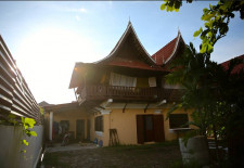 (57) Traditional Style House in Great Location, Vientiane, Laos