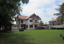 (789) Family Home Near Schools (Vientiane, Laos)