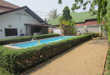 (805) Nice House With Pool (Vientiane, Laos)