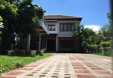 (811) Ultra-Modern House For Rent (Vientiane, Laos)