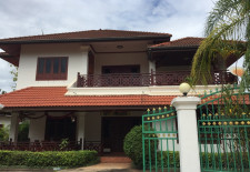 (827) Large Rental House in Chanthabouly District